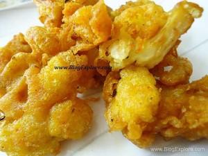cauliflower pakoda, gobi pakora, cauliflower fritters recipe