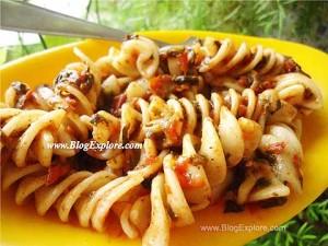 tomato spinach pasta recipe, fusili pasta recipe without cheese