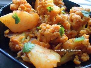 aloo gobi recipe, potato and cauliflower dry curry, aloo gobi masala sabzi recipe