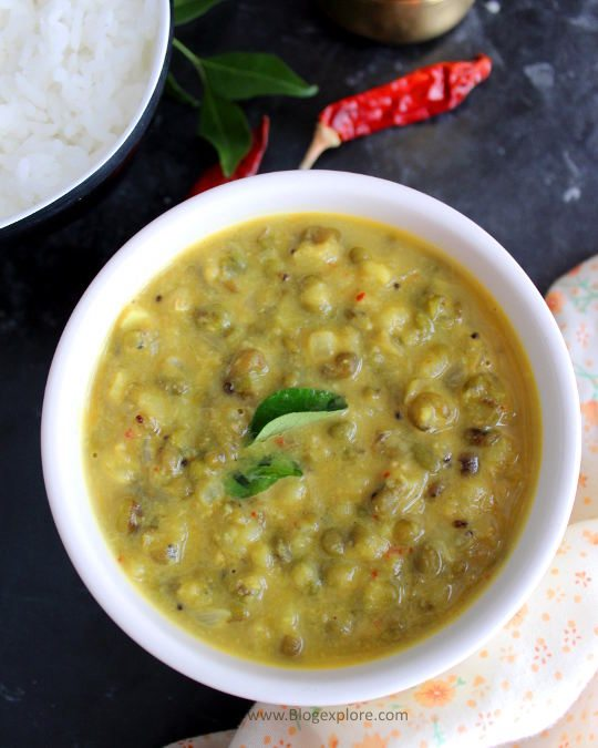 whole green gram coconut curry recipe, kerala style cherupayar curry