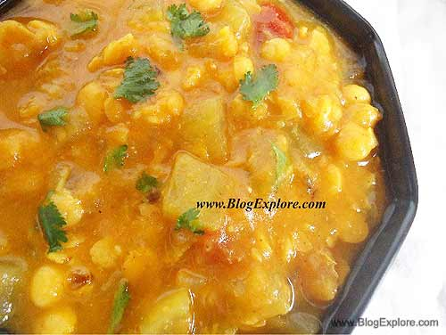 lauki chana dal recipe, bottle gourd chana dal curry recipe, ghiya chana dal curry
