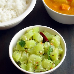 chow chow poriyal recipe - a quick and easy South Indian style chayote squash side dish with coconut and spices