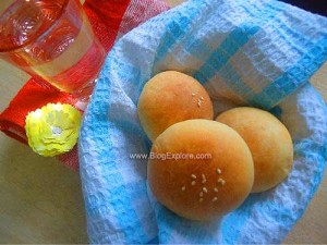 Eggless Stuffed Buns | Potato Stuffed Buns