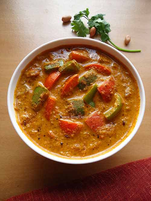 capsicum masala curry recipe, capsicum peanut masala curry recipe, capsicum masala curry with peanuts recipe