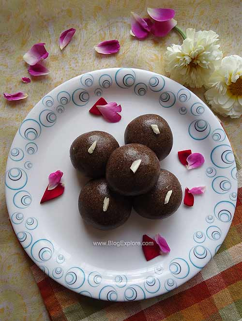 ragi peanut ladoo recipe,ragi ladoo recipe,indian sweets recipe