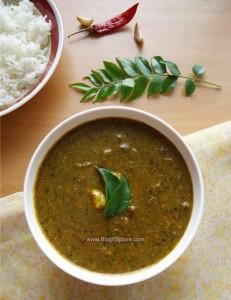 karuveppilai poondu kuzhambu recipe, curry leaves garlic gravy recipe south indian