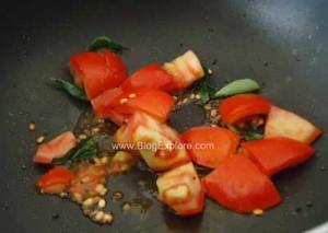 adding tomatoes for murungakkai kootu