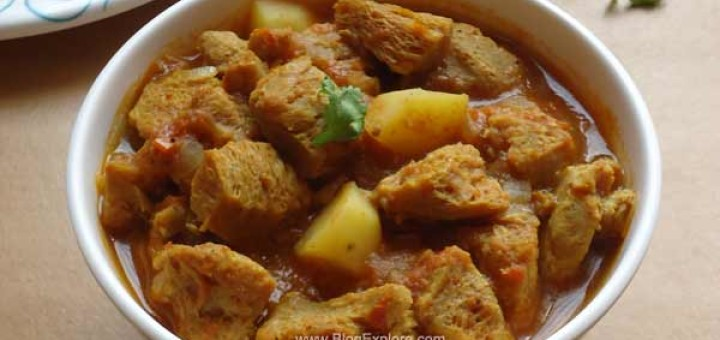 soya chunks potato curry, aloo soya chunks curry recipe