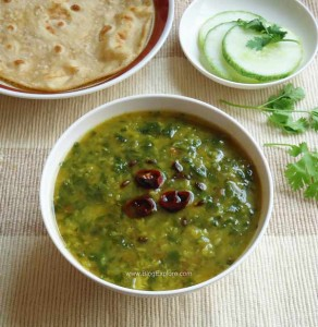 palak moong dal curry recipe, spinach moong dal recipe