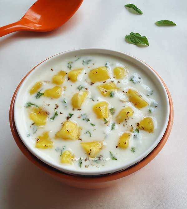 mango mint raita recipe, aam ka raita recipe, ripe mango raita recipe