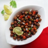 kala chana chaat recipe, black chickpeas chaat recipe