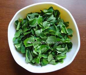drumstick leaves for murungai keerai poricha kuzhambu recipe