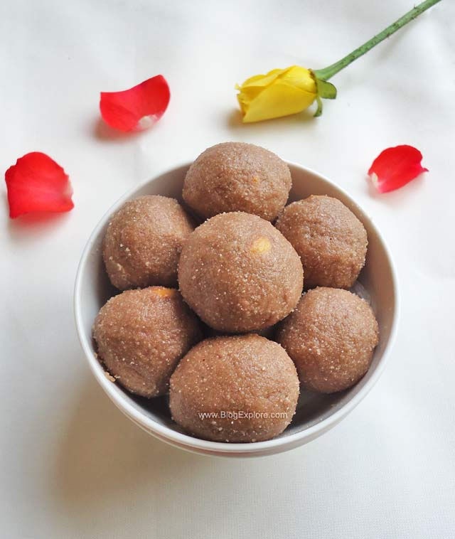 Red aval laddu red poha ladoo indian recipes blogexplore red aval laddu red rice flakes ladoo forumfinder Image collections