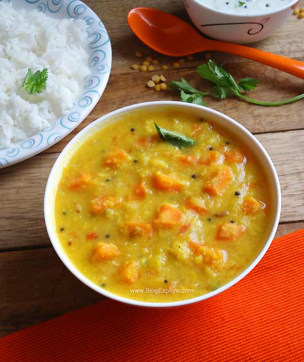 carrot kootu recipe - easy and delicious South Indian carrot and lentils curry recipe