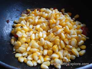 adding sweet corn for sweet corn curry recipe