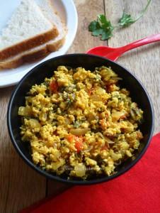 methi egg bhurji recipe - Indian scrambled eggs using fresh fenugreek leaves and spices