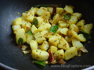 fry potatoes for potato thoran recipe