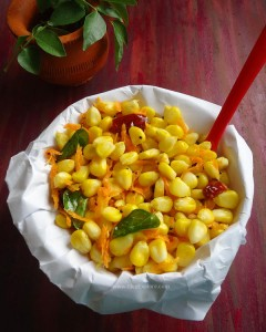 Sweet Corn Sundal recipe - a quick and easy South Indian snack using sweet corn. Healthy and delicious. vegan.