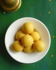 Moong Dal Ladoo – Pasi Paruppu Laddu