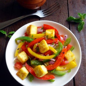 paneer salad recipe - a quick, easy and delicious Indian cottage cheese salad with capsicums