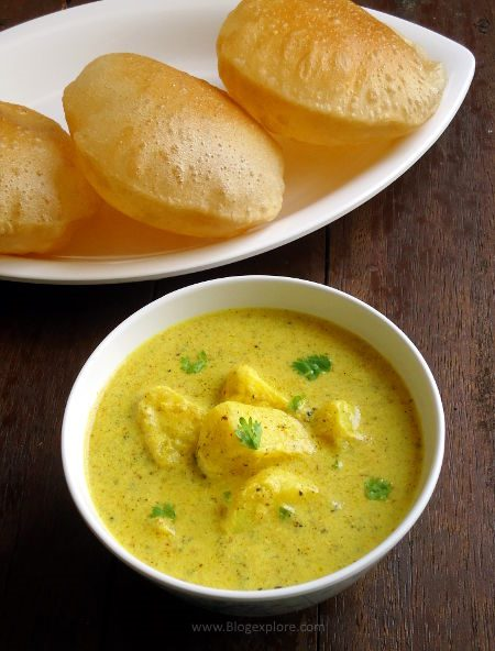 Dahi Aloo recipe - Rajasthani style potatoes in a spiced yogurt gravy