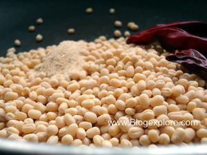 adding urad dal for flax seeds podi