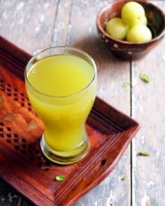 amla juice recipe, indian gooseberry juice, nellikai juice, amla juice with honey