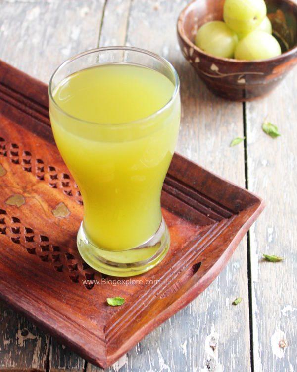 amla juice recipe, indian gooseberry juice, nellikai juice, amla juice with honey