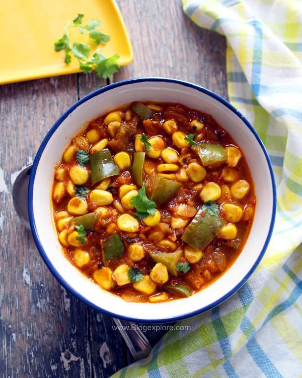 corn capsicum curry recipe, sweet corn capsicum gravy, makai shimla mirch curry recipe